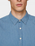 Men's light denim shirt neck detail
