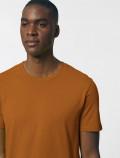 Men's orange t-shirt detail