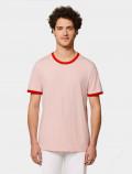 camiseta rojo y rosa