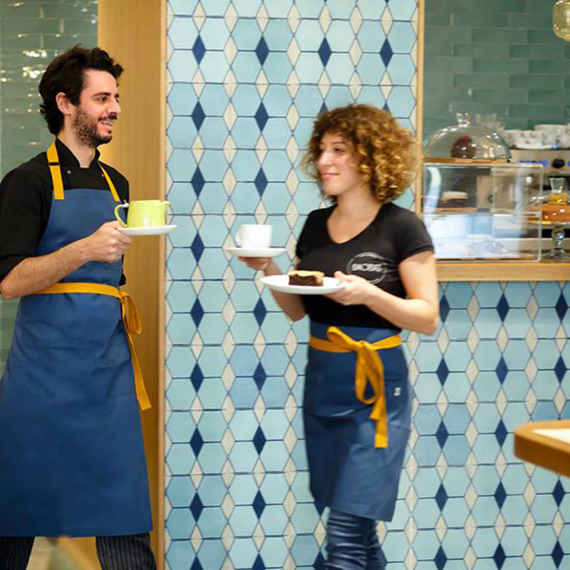 5 Good Reasons to Use an Apron in Your Business